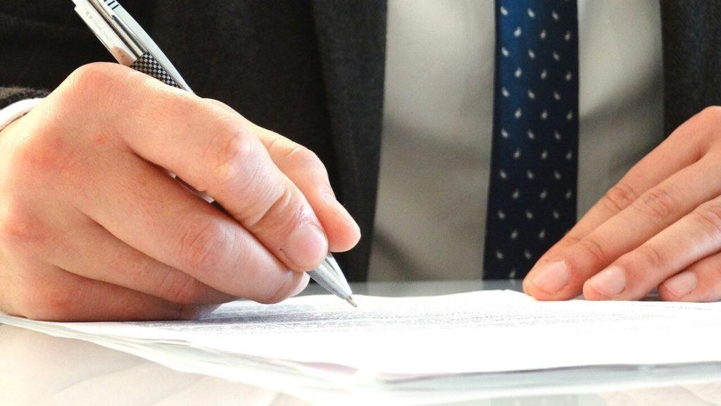 ¿A qué se dedica un abogado laboral?