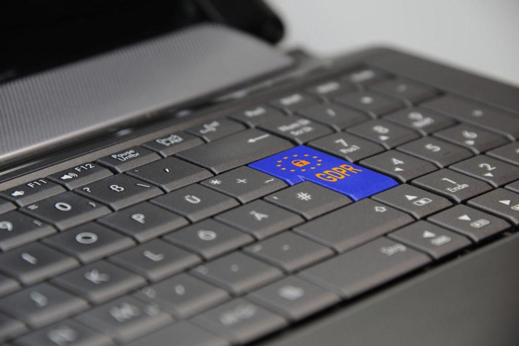¿Cómo cumplir con la ley de protección de datos?