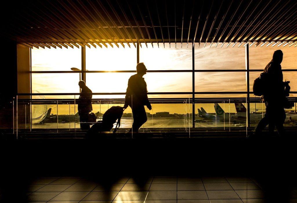 ¿Cómo reclamar si me roban la maleta en el aeropuerto?