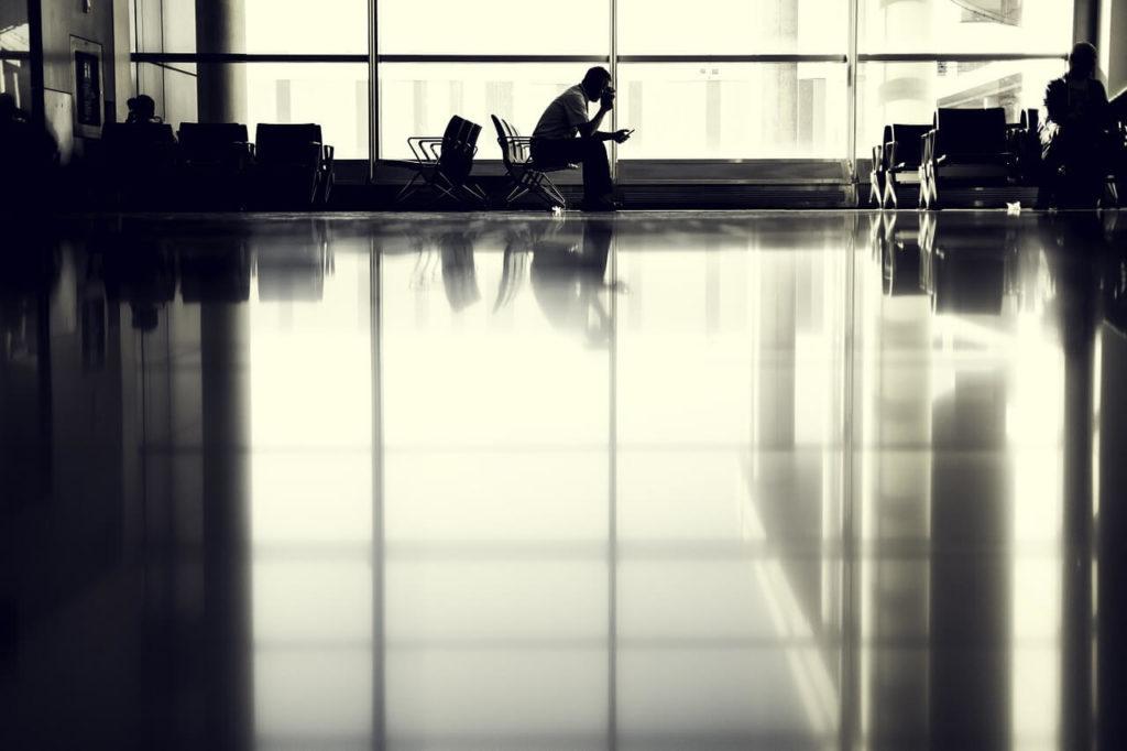 ¿Puedo coger un vuelo teniendo una cita judicial?